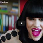 【歌】1.3億万回再生!Jessie J似の子役出演Who's Laughing Nowがパワフルで心打つ!