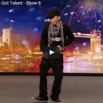 【ダンス】222万回再生!11歳の少年ダンスが踊りだした瞬間から会場を熱狂の渦に変える!