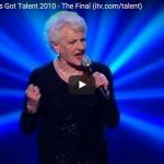 【ソング】372万回再生!80歳のおばーちゃんのファイナルステージの歌が心を大きく揺り動かす!