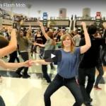【ダンス】504万回再生!往年のダンス好は堪らない!デンバー空港で繰り広げるレトロで素敵なダンス!