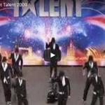 【ダンス】2843万回再生!会場を1分半のダンスで熱狂の渦に変えた天才的な黒人ダンサーグループ!
