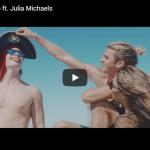 【歌】1509万回再生!カイゴとジュリア・マイケルズがコラボしたCarry Meが夏の解放感を感じるサウンドとビートが最高!