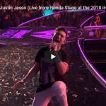 【歌】86万回再生!カイゴとジャスティン・ジェッソがコラボしたStargazingの大会場でのライブが熱く盛上げる!