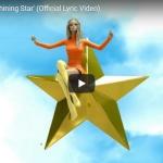 【歌】185万回再生!ベベ・レクサが失恋の想いをエモーショナルに歌ったShining Starが心に突き刺さる!