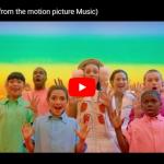 【歌】1004万回再生!シーア初の映画作品「Music」のTogetherがカラフルで明るく楽しい心弾む作品だ!